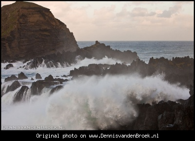 Waves crashing on the rocks @ Porto Moniz