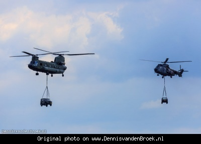 Chinook en Cougar transporthelikopter